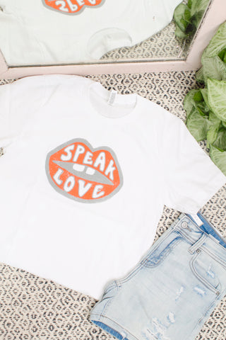 Sign Language Be kind Graphic Tee Cream