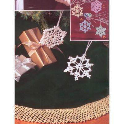 Patons Grace Bells Flakes and Tree Skirt Edging