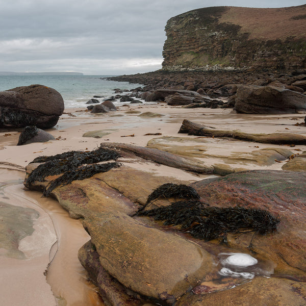 Dwarwick Head beach in Caithness also known as Peedie Sands