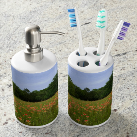 A Pocket Full of Paintbrush Bathroom Set