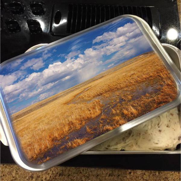 Amber Waves Of Gold Cake Pan with Lid