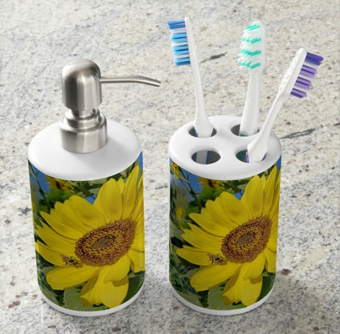 Bee-Dazzled Bathroom Set