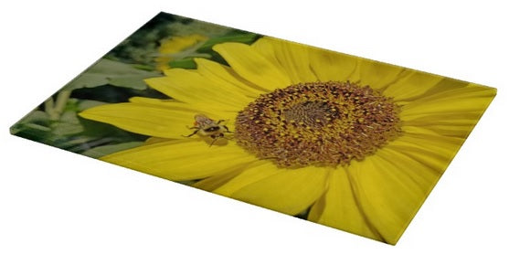 Bee-Dazzled Cutting Board