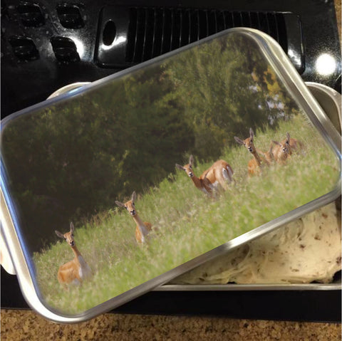 Black Buck Doe in a Row Cake Pan with Lid