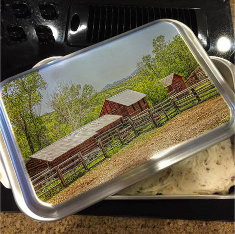 Boxelder Drive Cake Pan with Lid