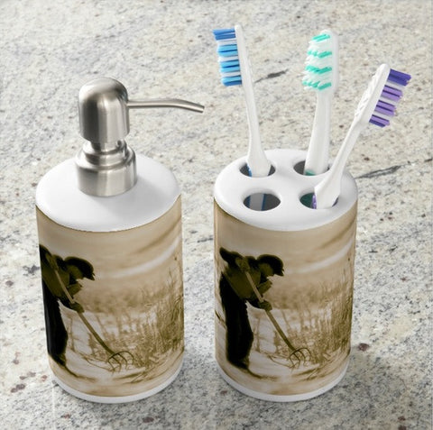 Breaking Wyoming Ice Bathroom Set