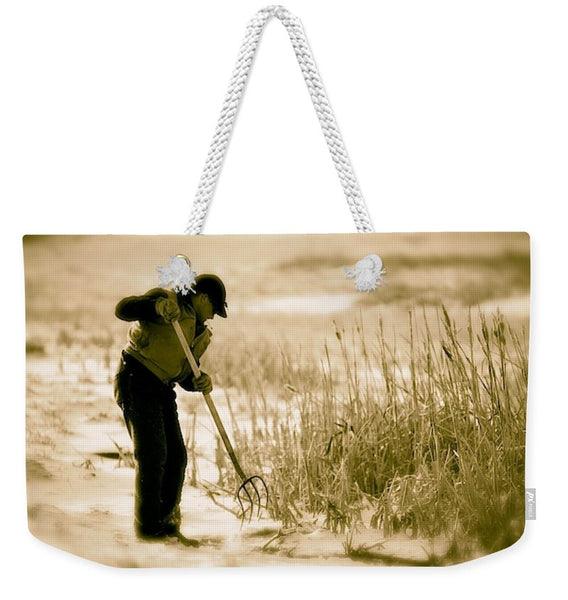 Breaking Wyoming Ice Weekender Tote bag