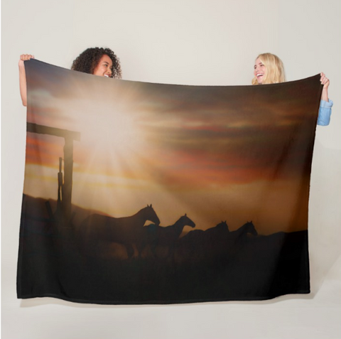 Caballo Sunset Fleece Blanket