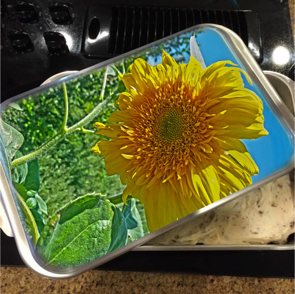Candy Tuft Sunflower Cake Pan with Lid