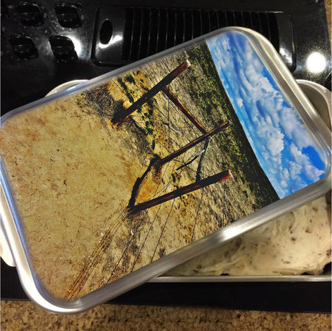 Dry Desert Fenceline Cake Pan with Lid