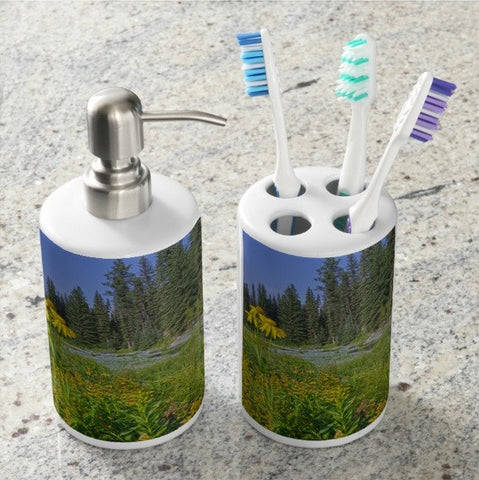 Gold and Pines Bathroom Set