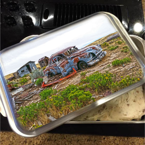 Homestead and Pontiac Cake Pan with Lid