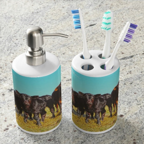 In the Mood for Hay Bathroom Set