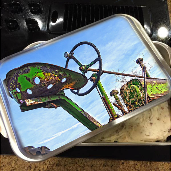 John Deere Seat Cake Pan with Lid