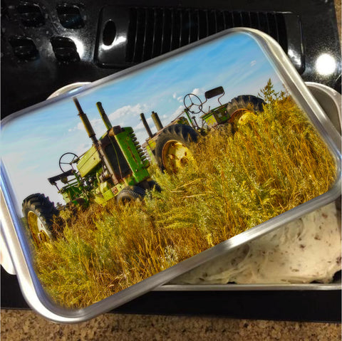 John Deere Two Cake Pan with Lid