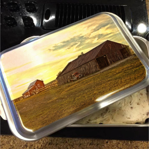 Leuenberger Barn At Sunset Cake Pan with Lid
