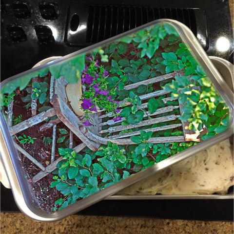 Old Chair New Petunias Cake Pan with Lid
