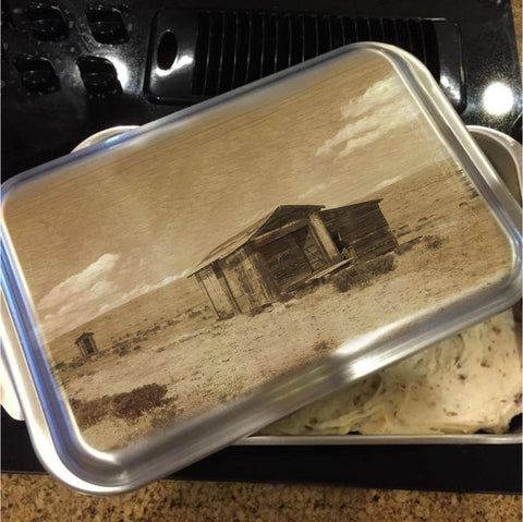 Out on the Prairie Cake Pan with Lid