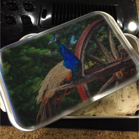 Peacock Vantage Cake Pan with Lid