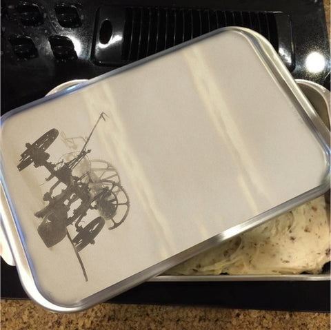 Plow in Blizzard Cake Pan with Lid