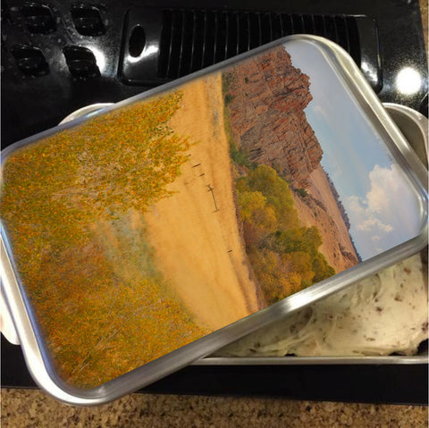 Powder River Fence Cake Pan with Lid