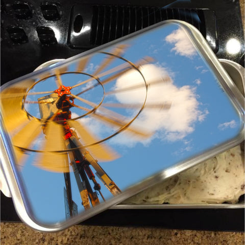 Red Wind Windmill Cake Pan with Lid