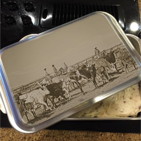 Rockwell Moments Cake Pan with Lid