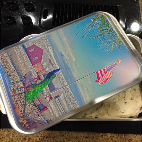 Roger and The American Flag Cake Pan with Lid