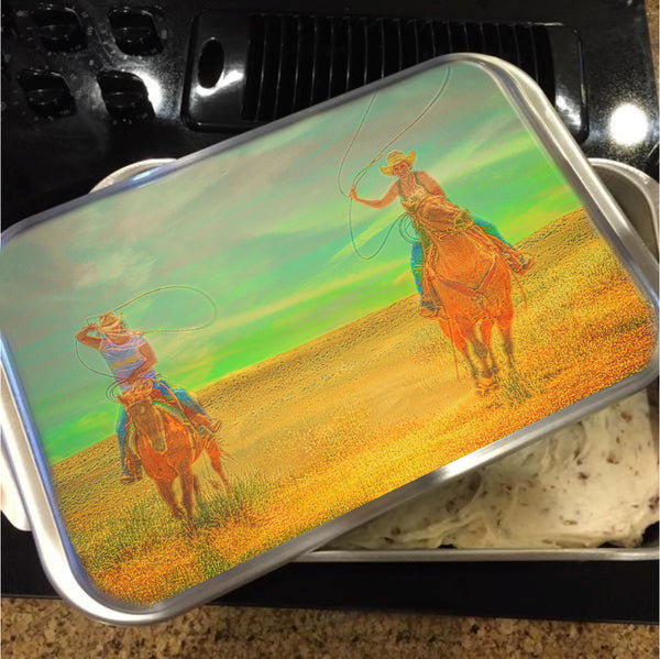 Ropin' Two Cake Pan with Lid