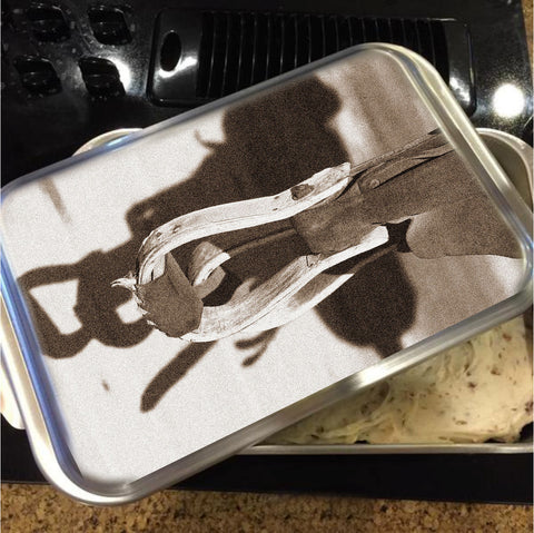 Shadow of the West Cake Pan with Lid