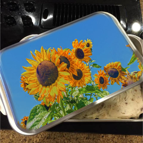 Sun and Flower Conversation Cake Pan with Lid