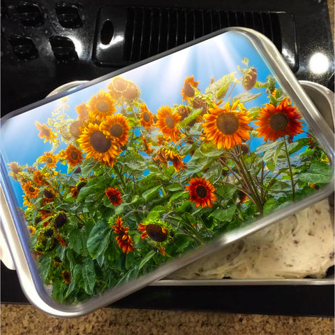 Sunflower Pack Cake Pan with Lid