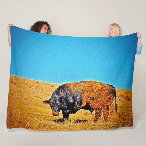 Throwing Sand Fleece Blanket