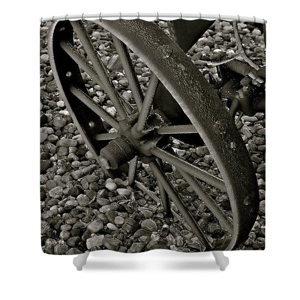 Wagon Wheel On Ice Shower Curtain