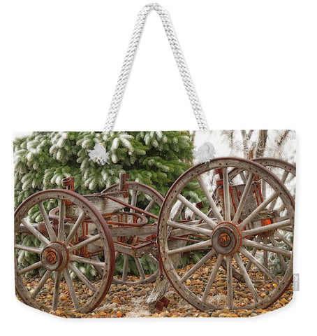 Wagon in Winter Weekender Tote bag