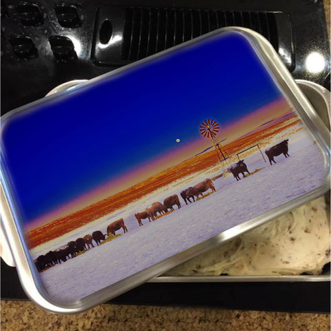 Windmill and Cows Night Feed Cake Pan with Lid