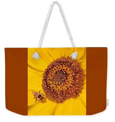 Beauty and the Bee Weekender Tote bag