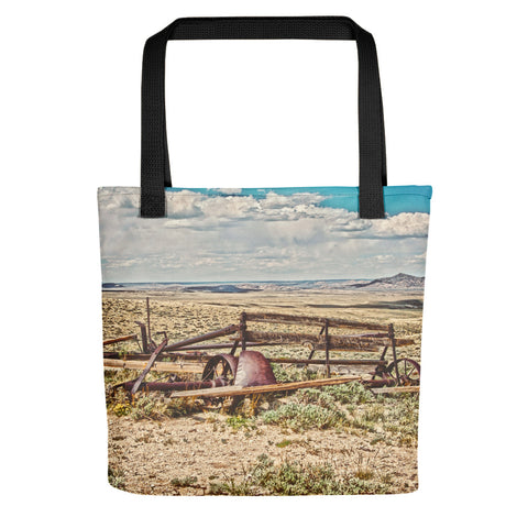 Wagon on Green Mountain Tote bag
