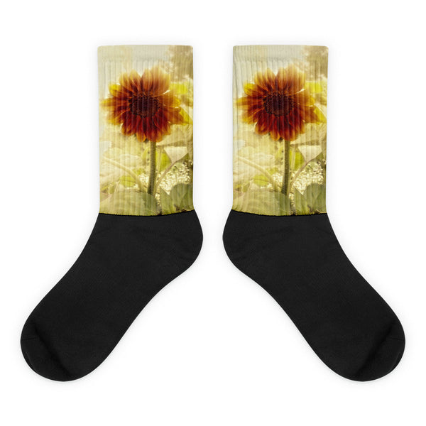 Dusty Retro Sunflower - Black foot socks