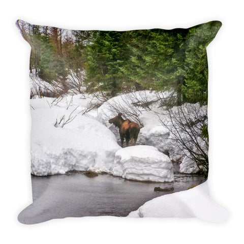 Moose in Alaska Throw Pillow