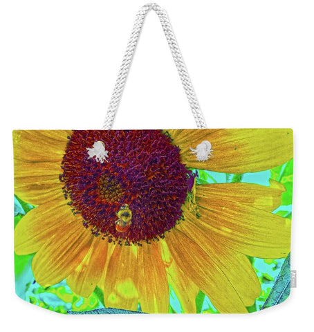 The Sunflower and The Bee Weekender Tote bag
