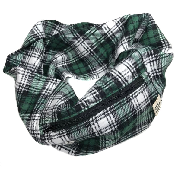 Green & White Pattern Flannel Pocket Scarf