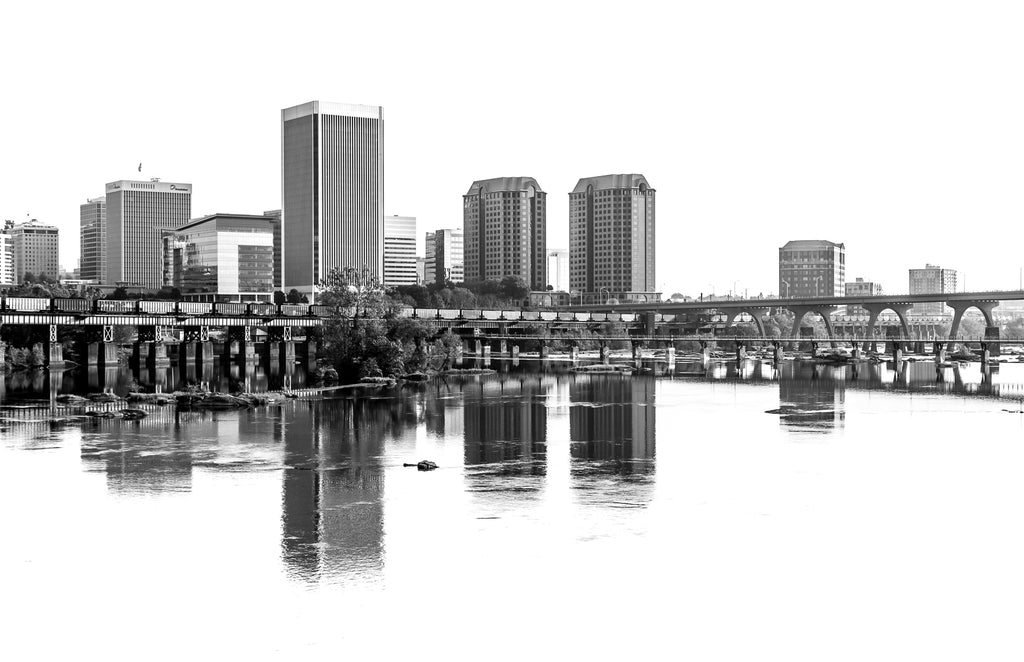 Tom Hennessy Title: RVA Skyline (Black and White)