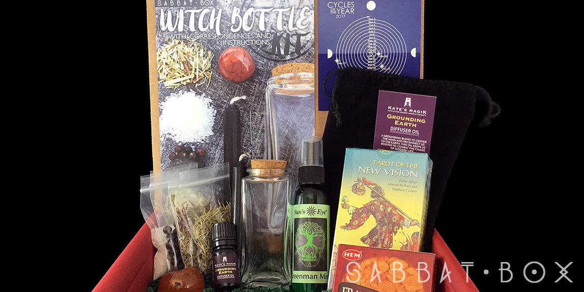 Discover the 2016 Yule Sabbat Box - manifesting Midwinter Magick