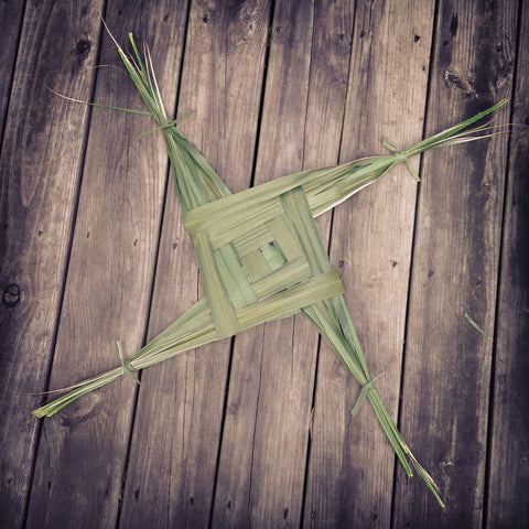 Brigid's Cross For Imbolc - Sabbat Box