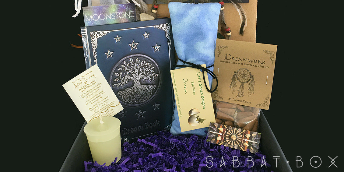 Discover the 2016 Midsummer Sabbat Box - A Magical Midsummer's Night Dream