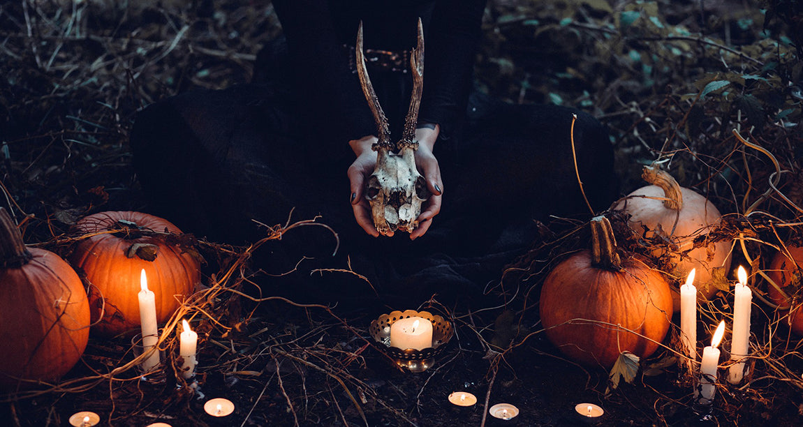 2018 Samhain Sabbat Box - Witches' Sight Sabbat Box Theme - Subscription Box For Witches Wiccans and Pagans
