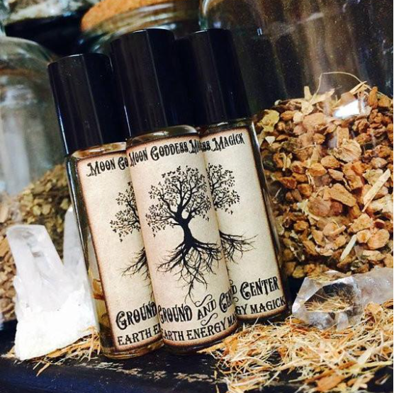 Ground And Center Ritual Oil By Moon Goddess Magick Apothecary - Sabbat Box