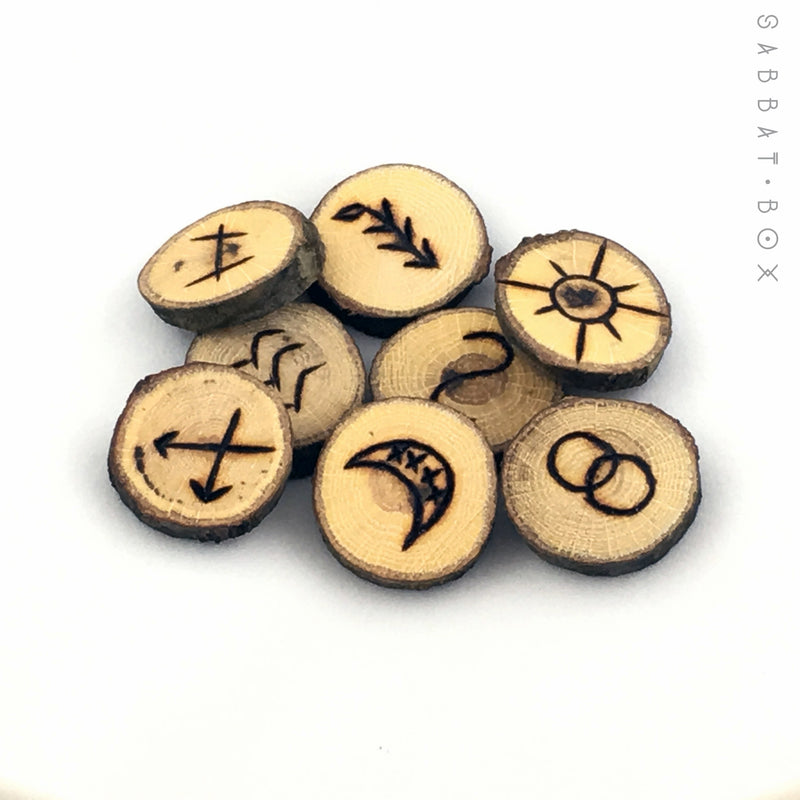 Hand Crafted Witches Rune Set