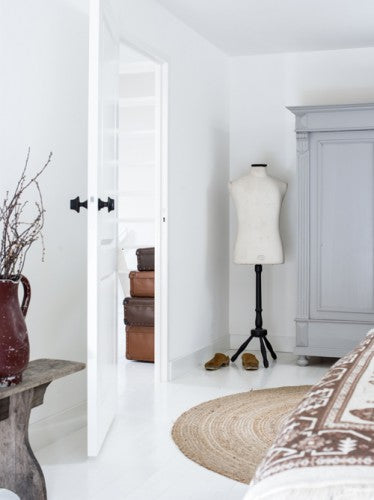 Made of Cloth Interiors - The Chic Country